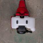 刈払機の燃料タンクの交換
